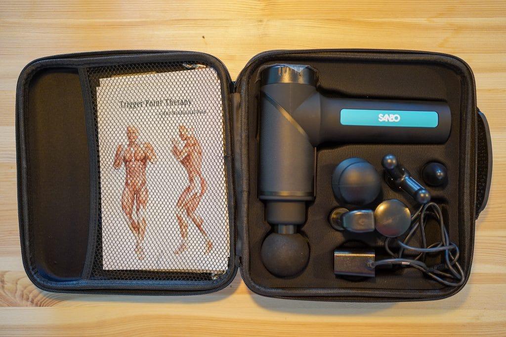 Inhoud van de Sanbo® - Massage Gun - Sport en Relax Massage - Professioneel - Inclusief APP